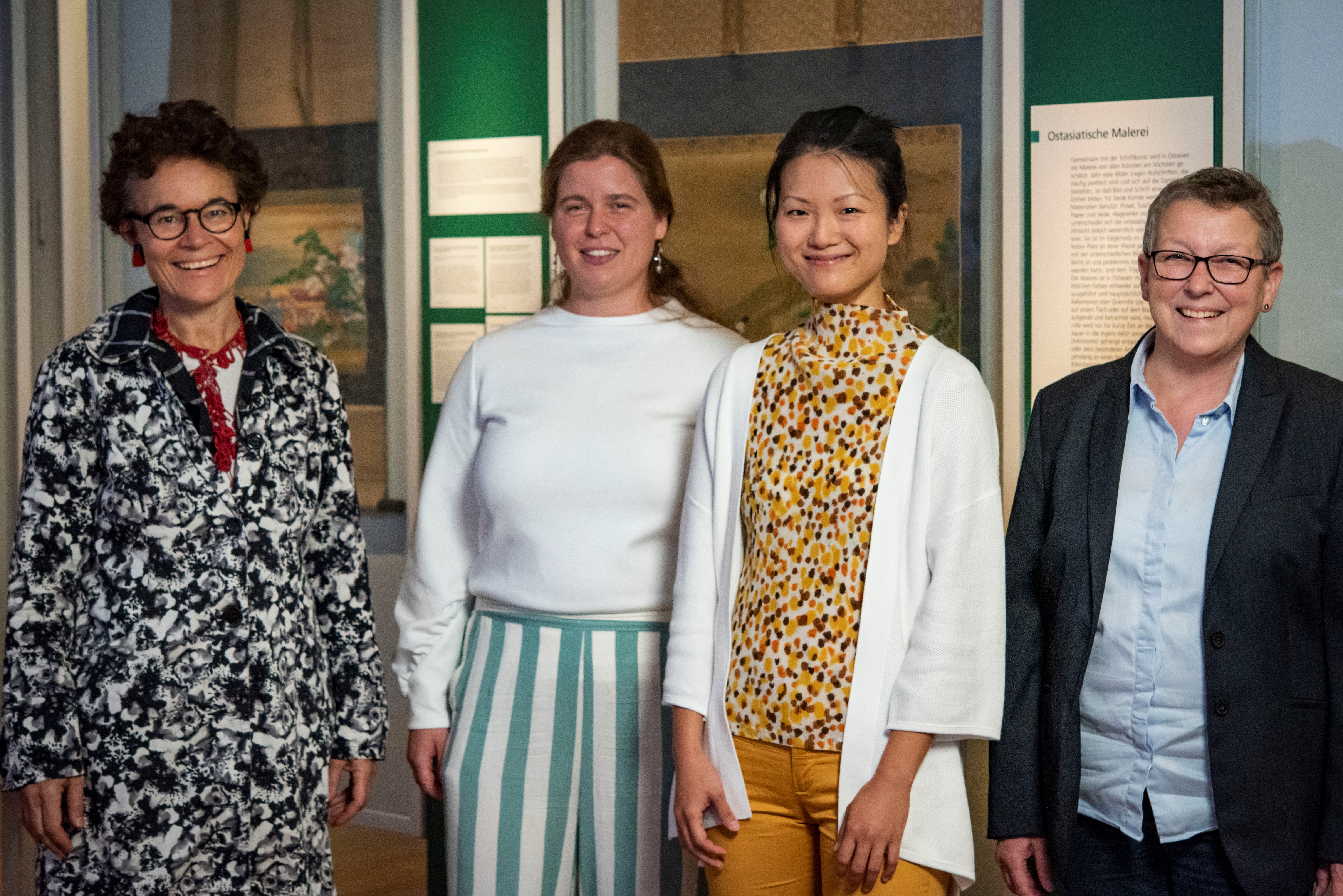 Melanie Trede, Margó Krewinkel, Emma Shu-hui Lin and Susanne Barth (Director of Finance, Lindenmuseum Stuttgart), Photo: Dominik Drasdow, Linden-Museum Stuttgart